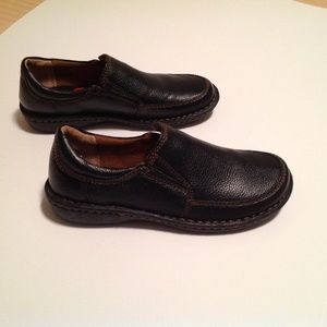 Born Concepts Woman's Shoes Size 6 Loafers NWOB
